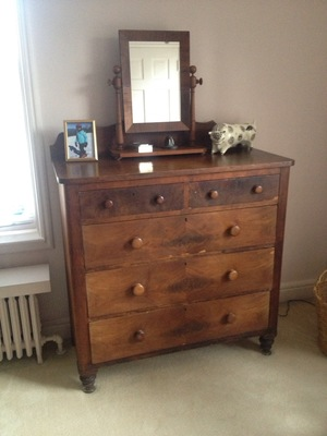pine chest of drawers.jpg