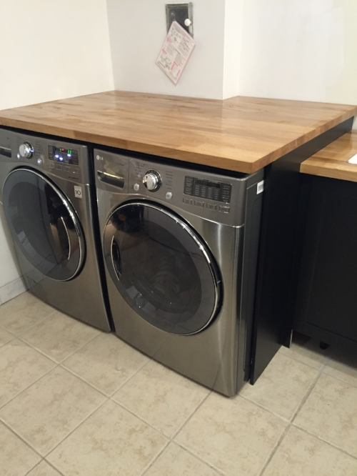 The Washer & Dryer are now installed! Look at all of that folding space!