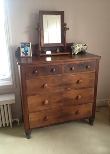 Sometimes its difficult to part ways with a treasured old piece of furniture with family history. This beautiful old solid pine chest was sitting in our client's old spare room. Since it had sat for long, it needs a little more attention and care to get it back to functioning order.