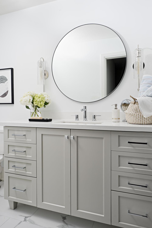 The Laurel Family Bathroom