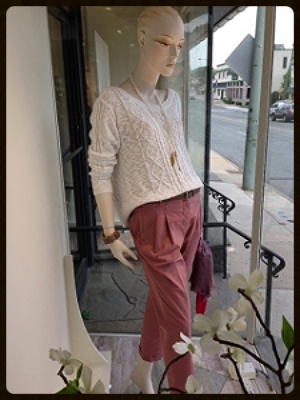 You will want to live in these lightweight cotton pleated boyfriend pants...very fashion and very comfortable. Paired back to this ivory cotton cable fisherman's sweater with a high/low detail.