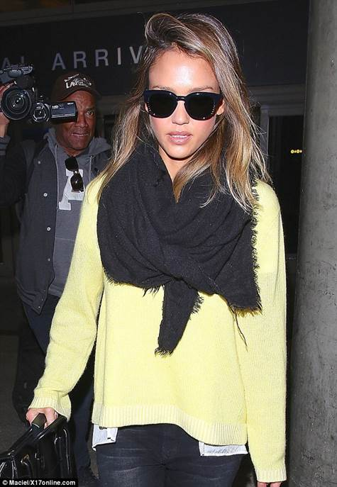Jessica Alba spotted in LAX sporting our gorgeous cotton knit pullover from Schumacher's Spring/Summer collection.