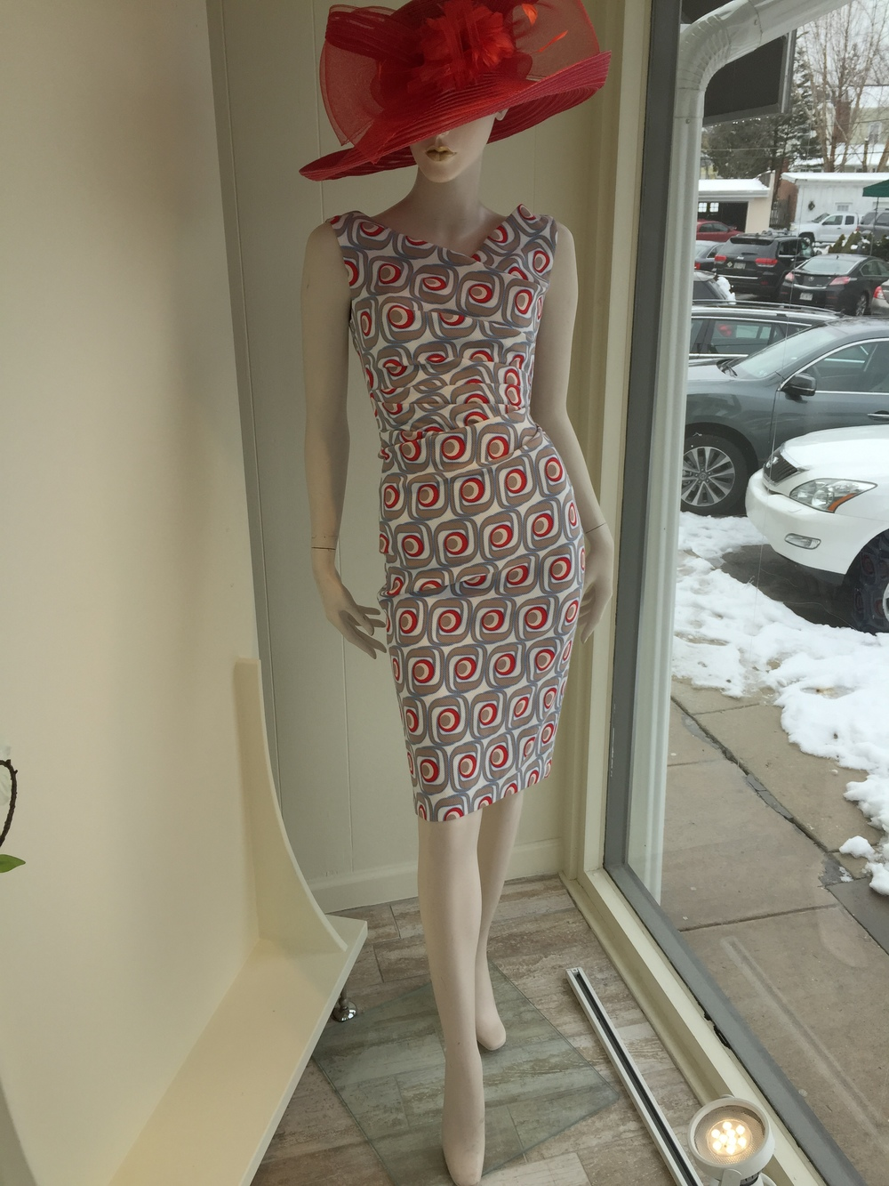 This cotton pique print dress from Talbot Runhof is gorgeous for your Spring/Summer daytime occasions and can be ordered while the fabric is still available.