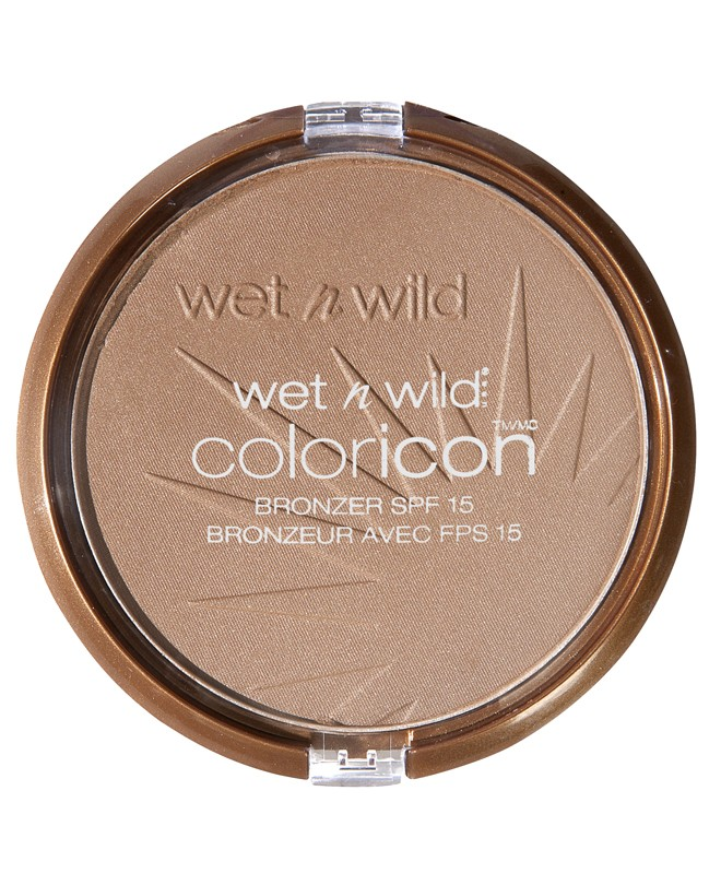 This is pretty highly regarded for bronzers and natural looking contours. It's got an SPF 15 in it which is helpful on those sunny summer days and it's oil free! Not only does this look gorgeous and luminous on skin, but it also received an O-ward from Oprah Magazine so you know it's not going to disappoint.