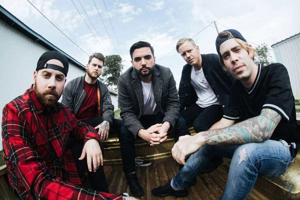Papa Roach Touring With