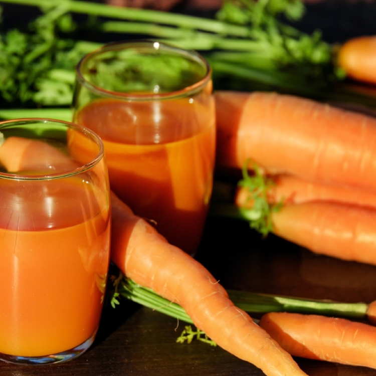 carrot-juice-juice-carrots-vegetable-juice-162670.jpg