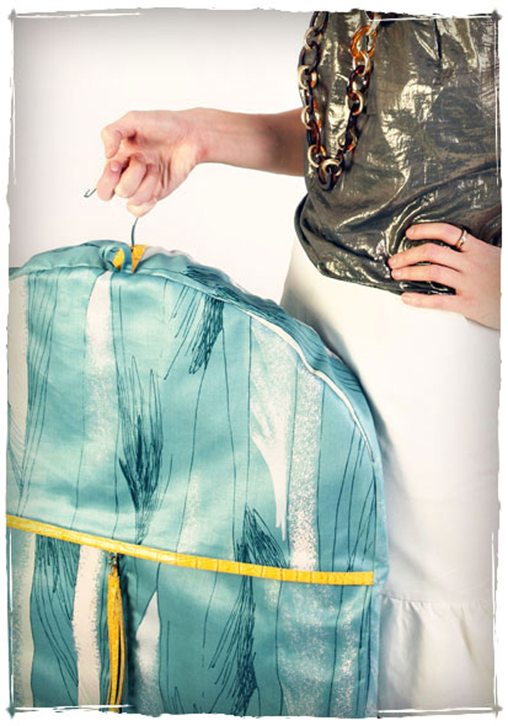 Fern Garment Bag.jpg