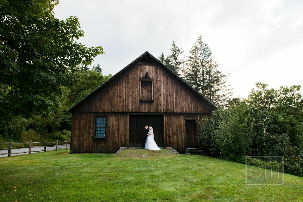 Erika and Jason (Real Wedding)   Photos: Christain Oath Studios • Styling:  By Emily B  • Venue: Woodstock Inn
