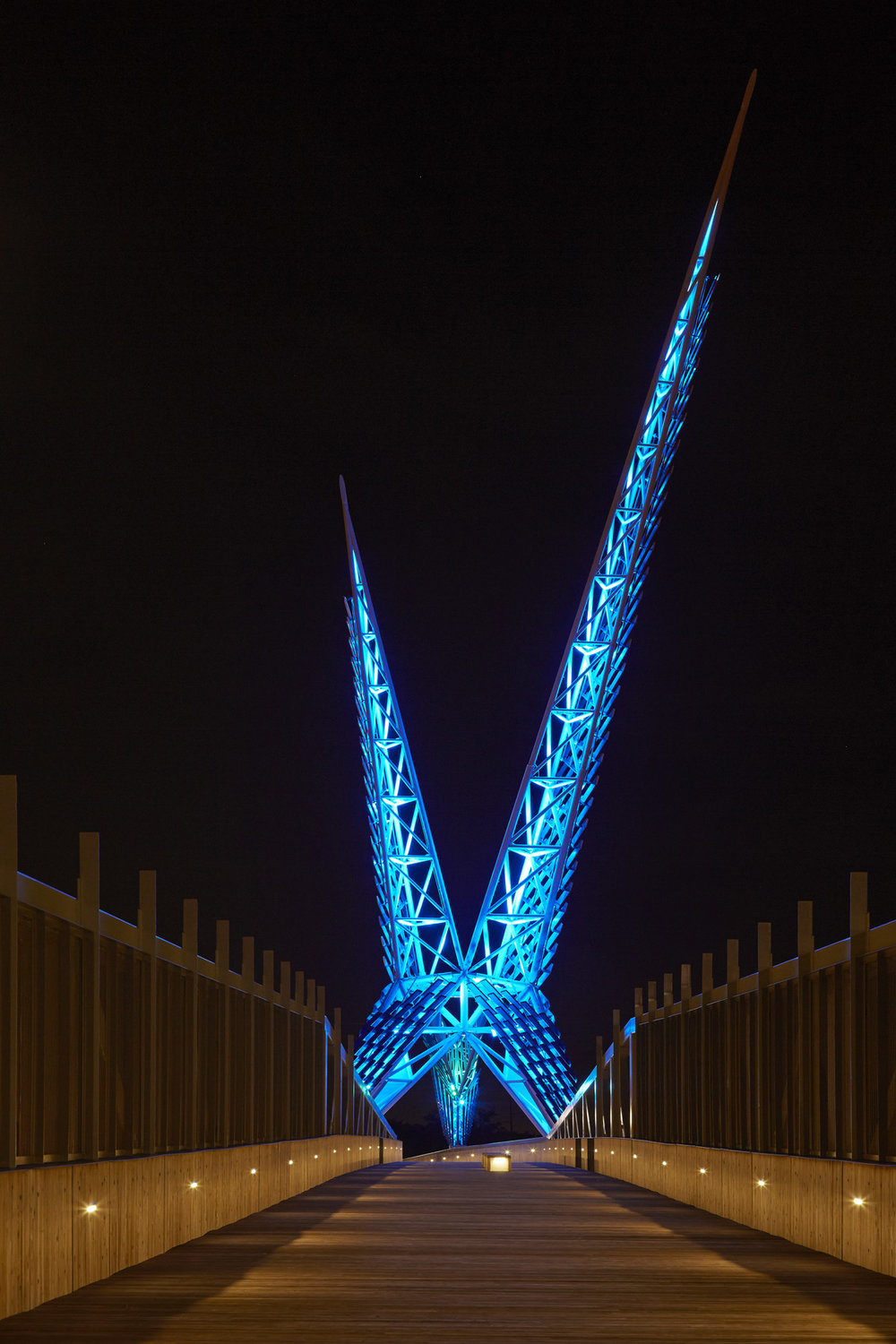 Skydance Bridge photo by Timothy Hursley 009.jpg
