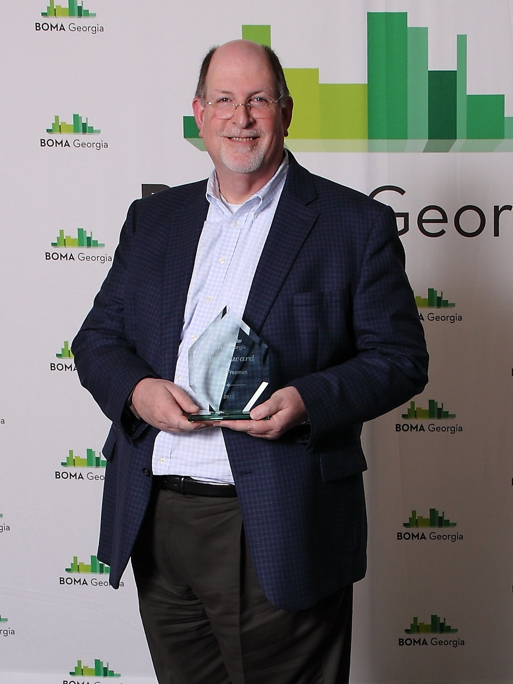 Pat Freeman - Huey Award.JPG