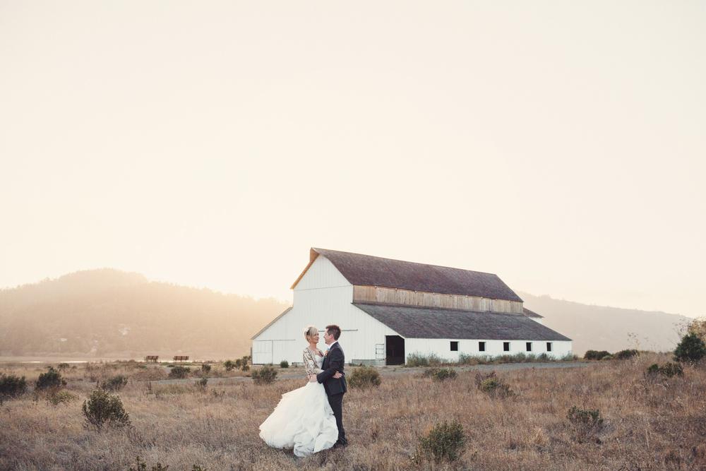 Tobys-Feed-Barn-Wedding-Anne-Claire-Brun-83.jpg