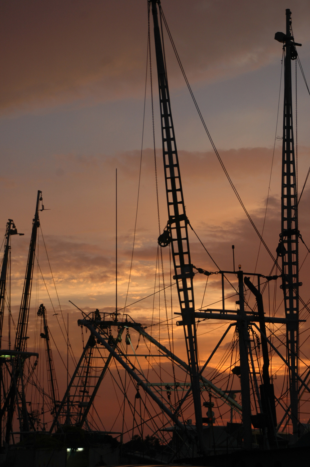 fishing boat masts