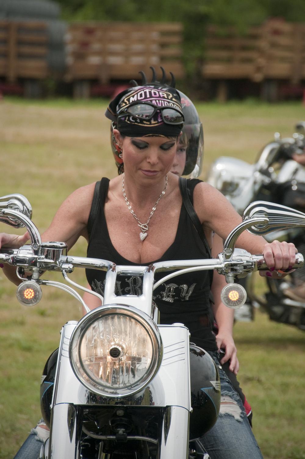Sexy bike chick