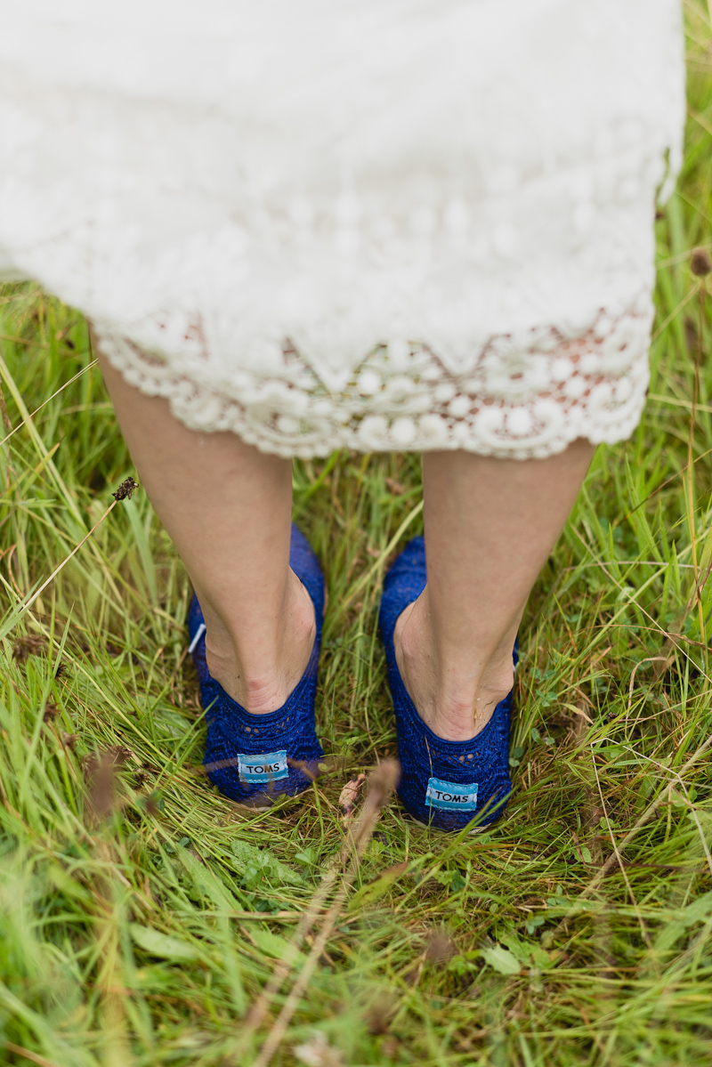 wedding_toms_shoes