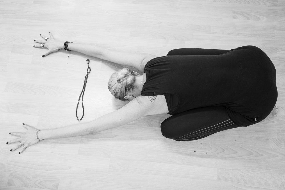 20161213 - Karine Yoga (1500) -1.jpg