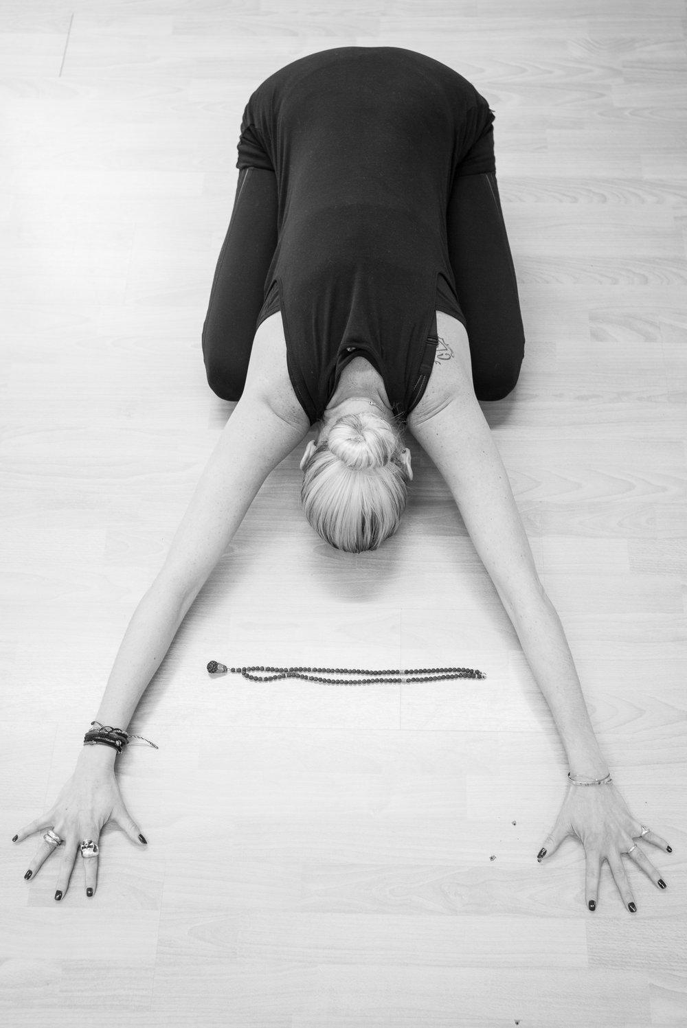 20161213 - Karine Yoga (1500) -2.jpg