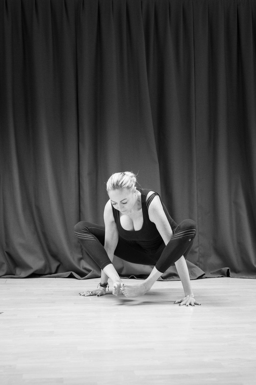 20161213 - Karine Yoga (1500) -35.jpg