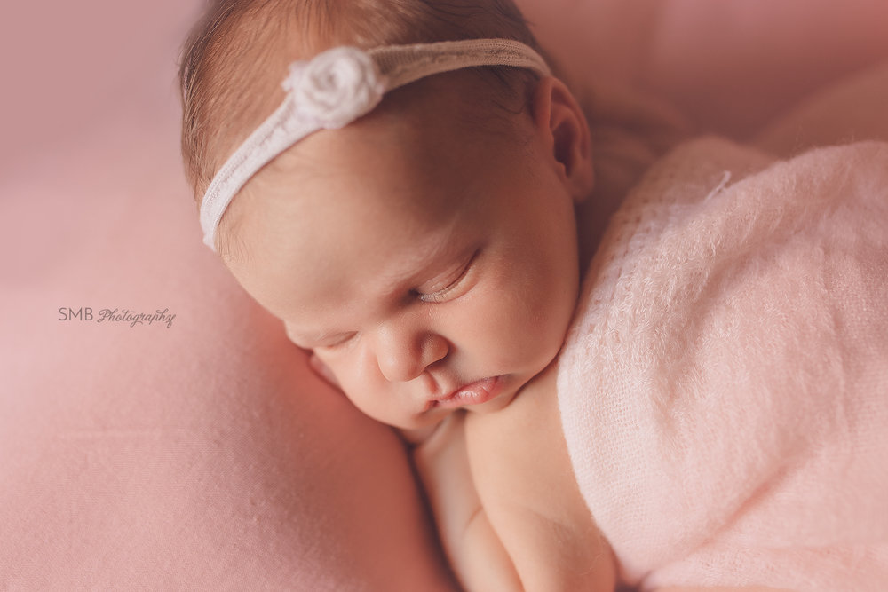 Piedmont, Oklahoma Newborn Photographer   Baby Avery