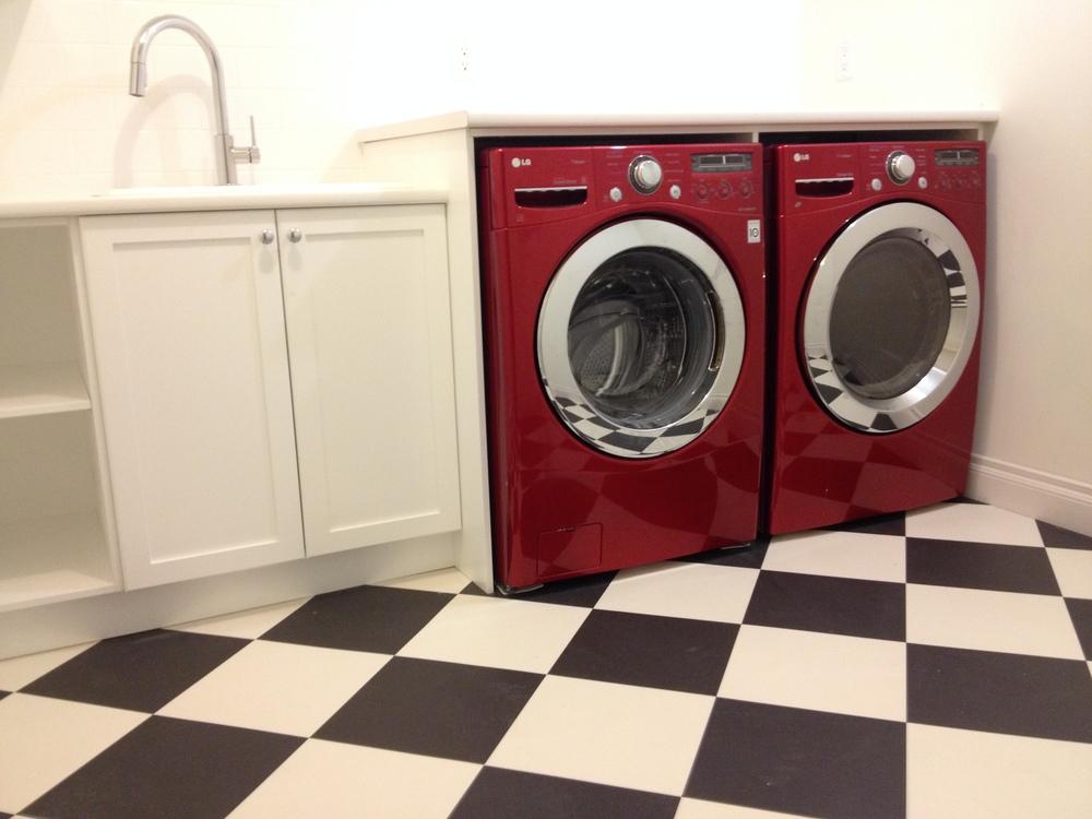 Laundry Room Red Washer Dryer Black & White Tile