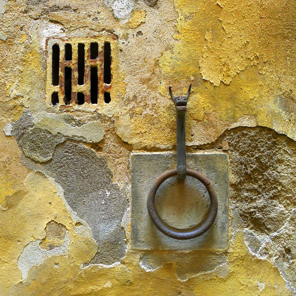 Bat Hitch Ring, Siena, Italia