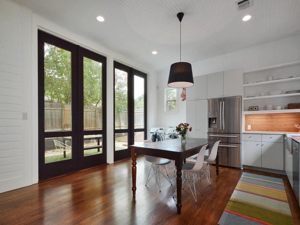 1009 Blanco-MLS_Size-012-Kitchen and Breakfast 08-1024x768-72dpi.jpg