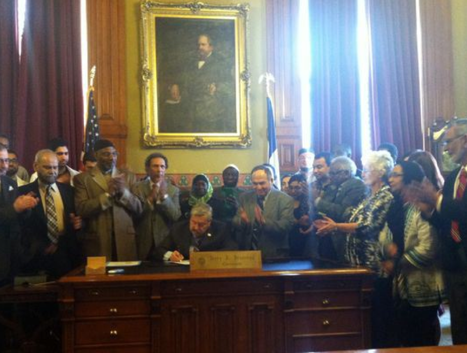 Gov. Terry Branstad today signed the annual Muslim Recognition Day proclamation at the Iowa Statehouse.