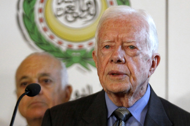 Former U.S. president Jimmy Carter addresses a joint news conference at the Arab League headquarters in Cairo. (Photo: © Reuters)