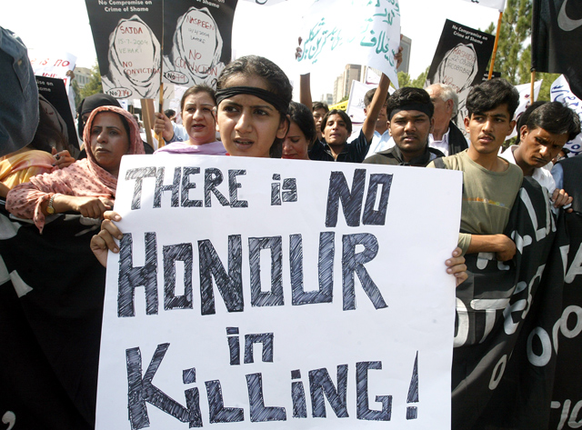 A protest against honor killings in Pakistan. (Photo: © Reuters)