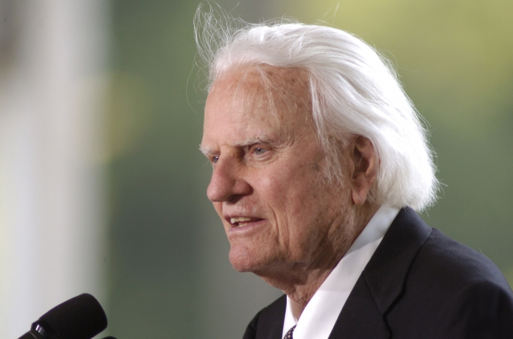 Evangelist Billy Graham speaks at the dedication of the Billy Graham Library in Charlotte, North Carolina, 2007.