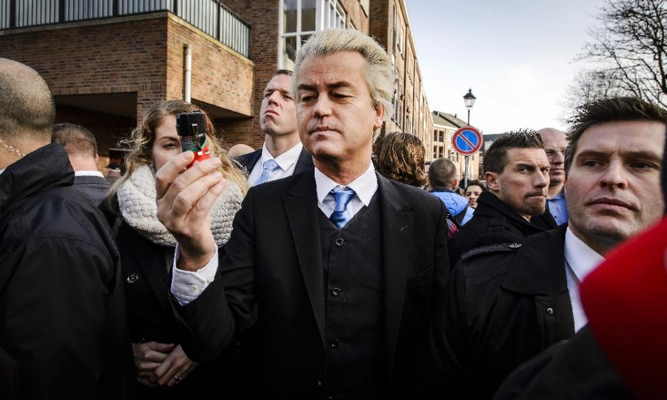 Geert Wilders handed out fake pepper spray, because Dutch citizens aren't allowed to have the real thing.