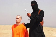 U.S. journalist James Foley moments before he was decapitated with a knife by an Islamic State executioner