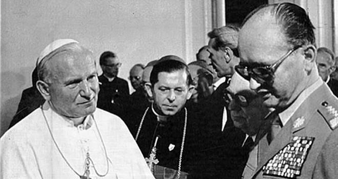 Pope John Paul II meets with Polish communist leader General Jeruzelski in Warsaw in 1983.