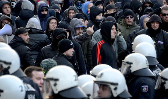 Right wing groups rallied following the Cologne attacks.