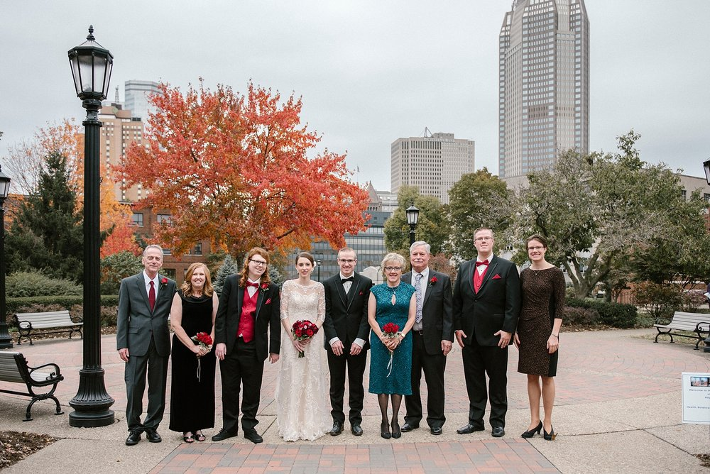 Pittsburgh-wedding-photographer-family-picture