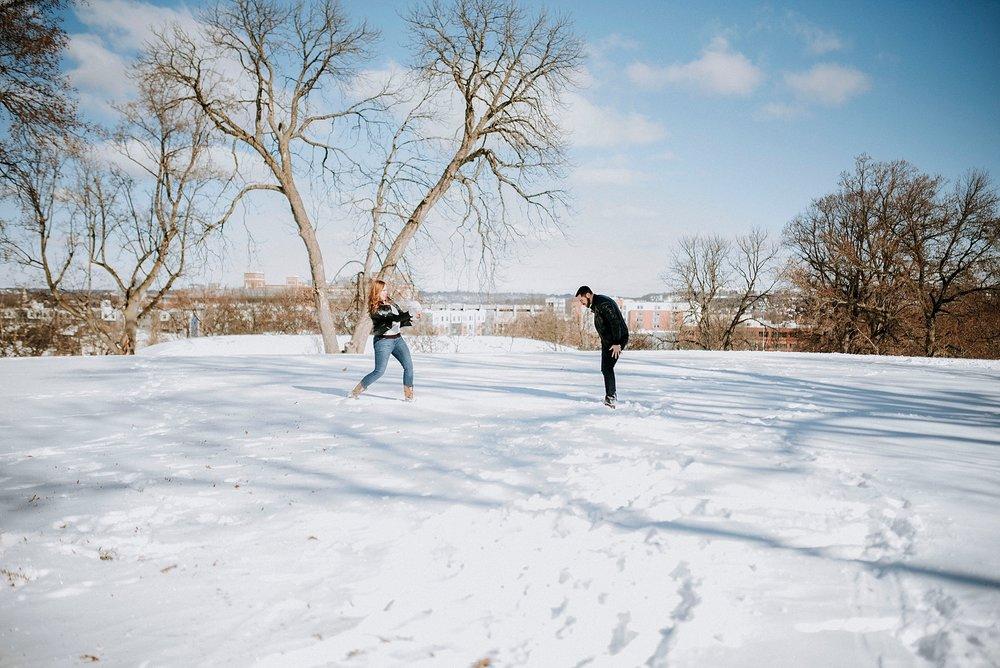 Romantic photoshoot in the snow