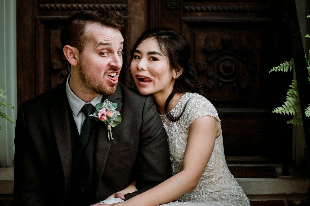 pittsburgh fun wedding picture