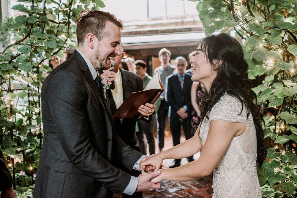 0394-MarkJess_Chinese-Pittsburgh-wedding-Morning-Glory-Inn.jpg