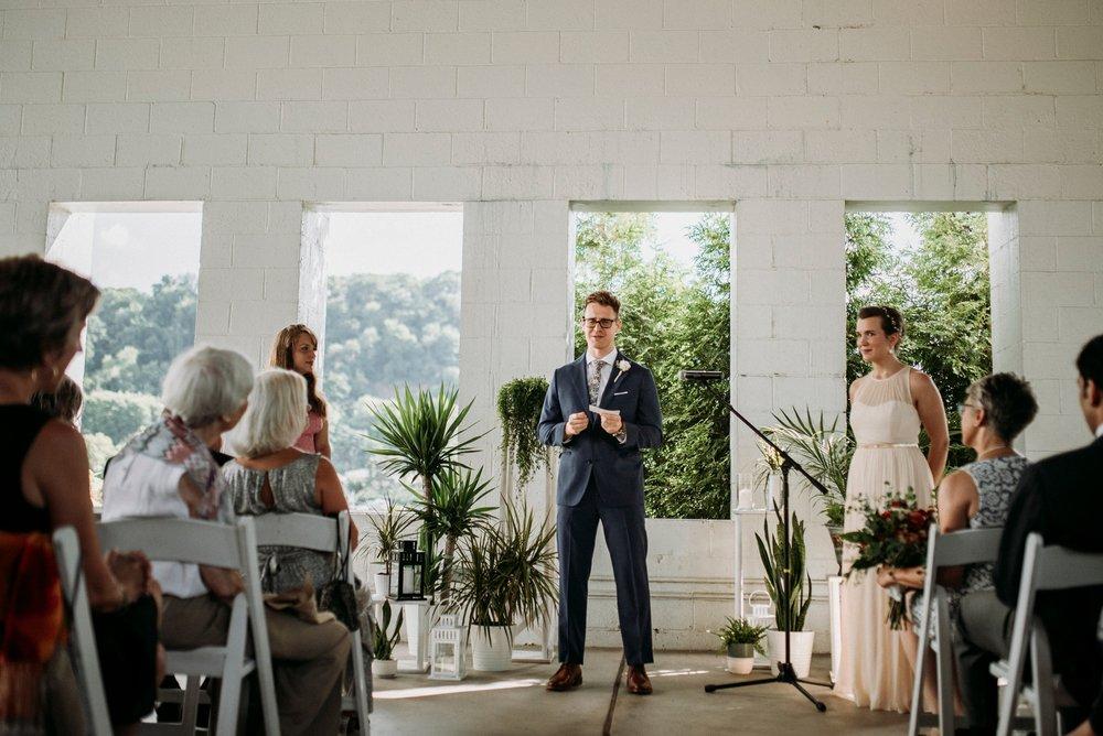 Adriana+Sam-0154_Pittsburgh-Aspinwall-Riverfront-Park-wedding.jpg