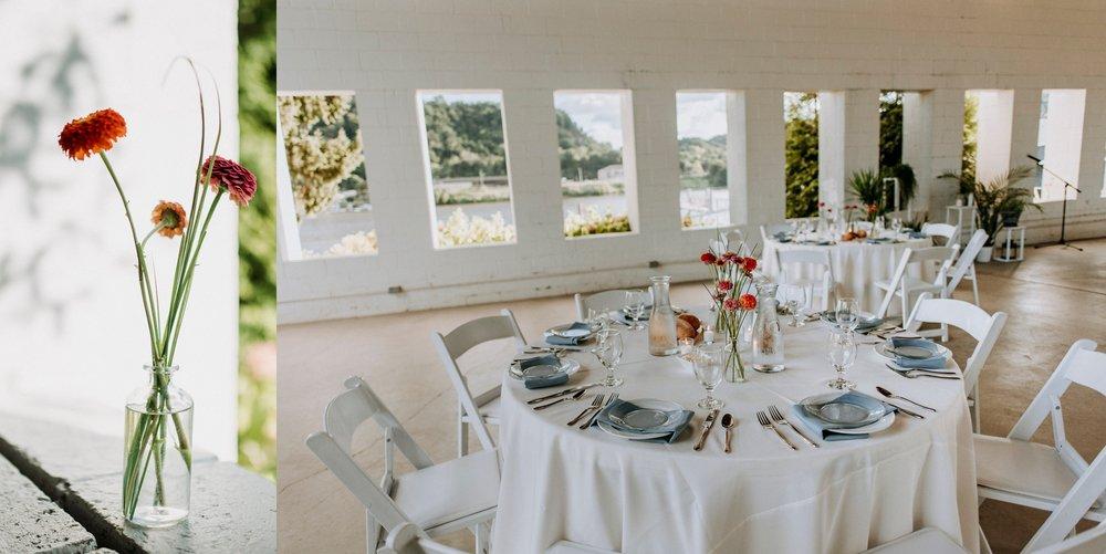minimalist wedding tablescape