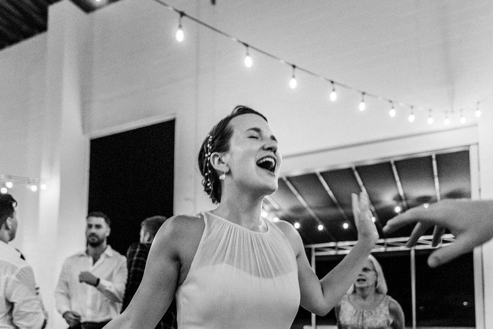 Adriana+Sam-0809_Pittsburgh-Aspinwall-Riverfront-Park-wedding.jpg