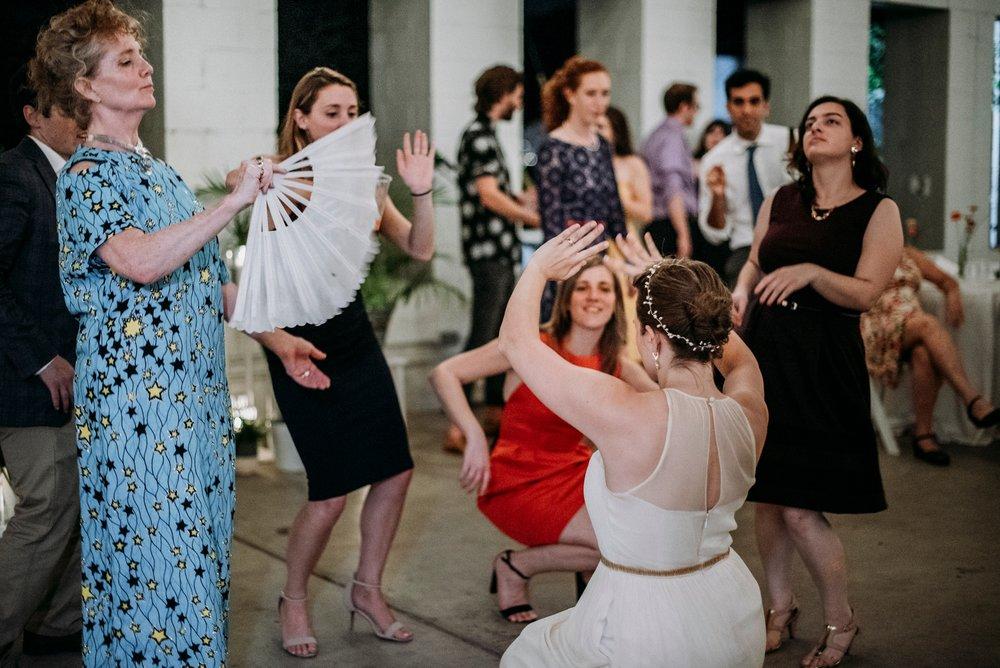 Adriana+Sam-0856_Pittsburgh-Aspinwall-Riverfront-Park-wedding.jpg