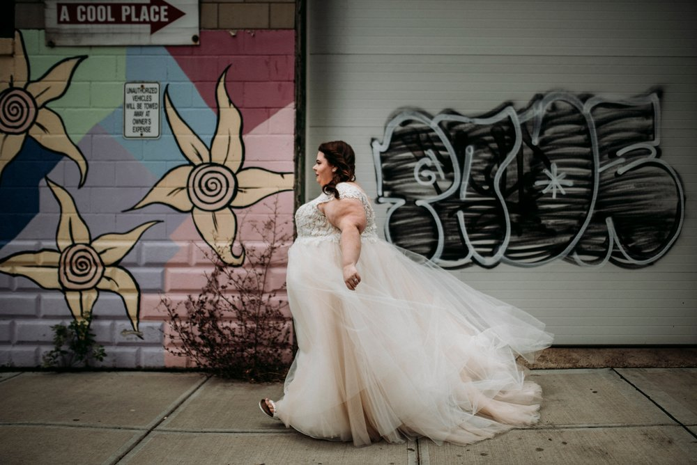Plus size bride Pittsburgh
