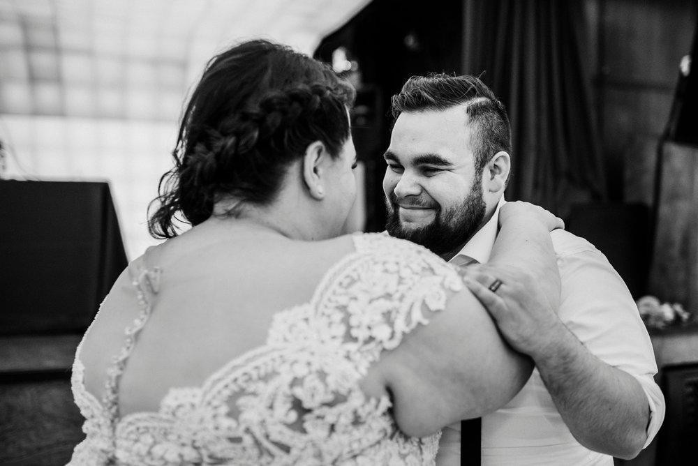2116-DSC_5170_Pittsburgh-wedding-photographer.jpg