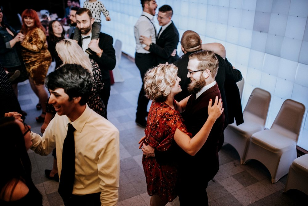 2218-SCP_5478_Pittsburgh-wedding-photographer.jpg