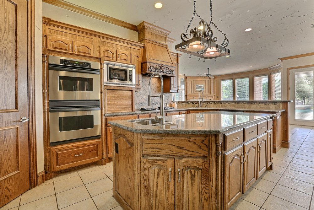 kitchen_remodel_granite_solid_wood_cabinets_home_page_2.jpg
