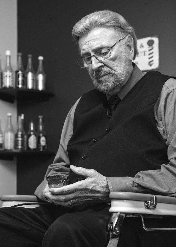 Master Barber Tim Hite
