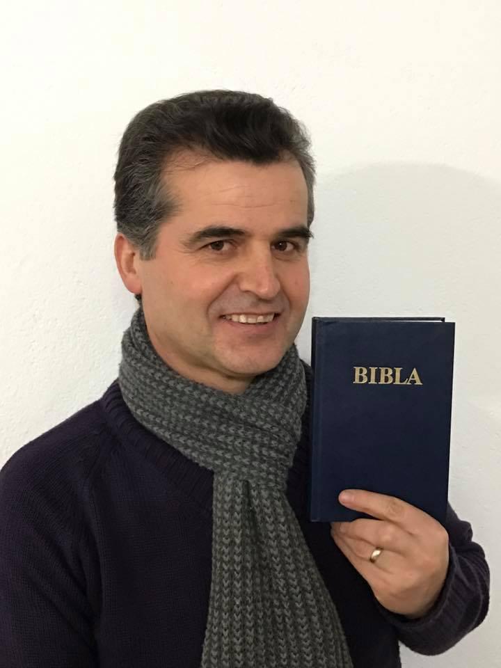 Bibla.jpg
