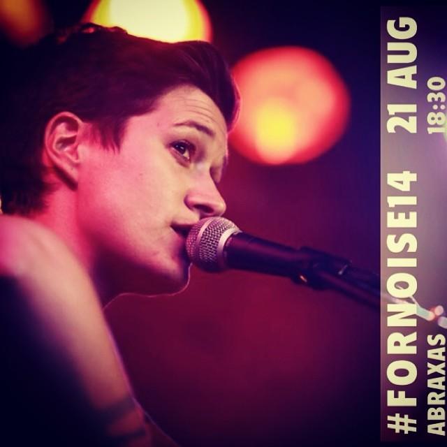 Billie Bird @fornoisefestival With @sarapetittonnerre J-5! 👋🎸🎻💪⌛️🎉🔥💥💃🍻🍷 #billiebird #fornoise