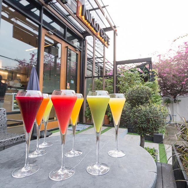 Freshen up my morning vibe at Nikko Cafe #nikkocafe #juice #colorful #fruit #drinks