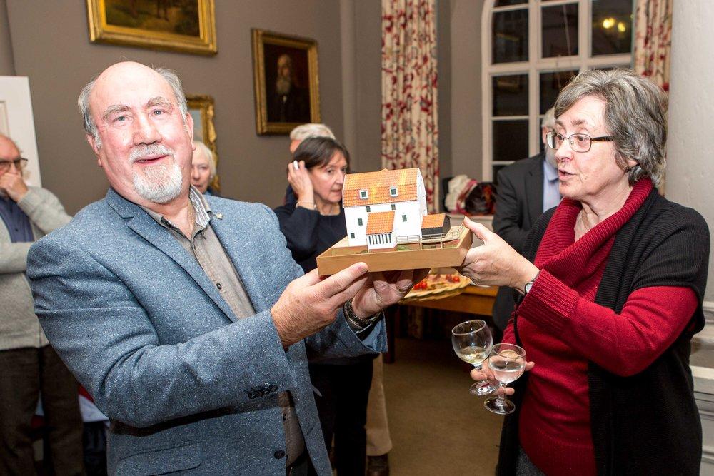 Nigel & Anne Barratt receive Paul Wells model - Tide Mill End of season party 17_11_17-6498.jpg